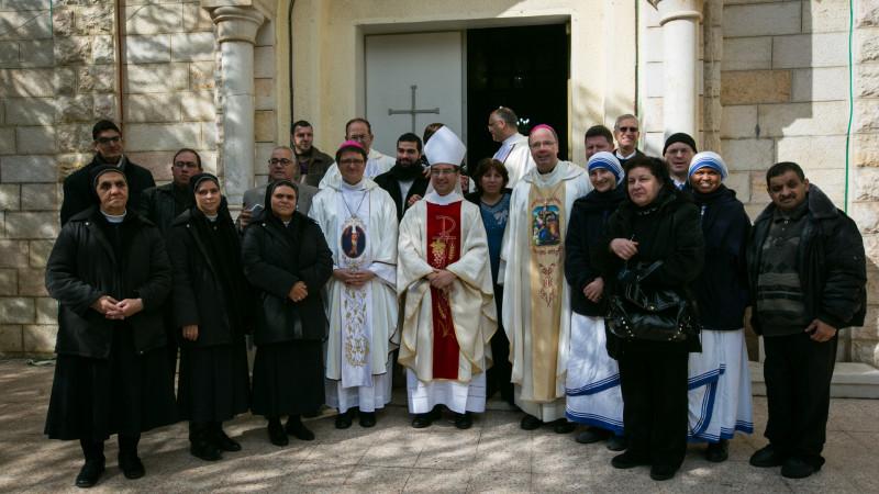 Bischof Felix Gmür in Gaza beim Pfarreibesuch | © 2015   Andrea Krogmann