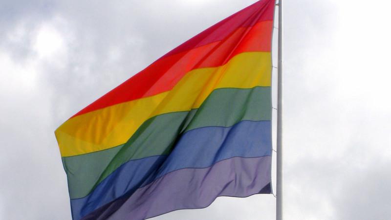 "Die Regenbogenfahne – Symbol der Homosexuellen | © manwalk  / <a href=""http://www.pixelio.de"" target=""_blank"">pixelio.de</a>"