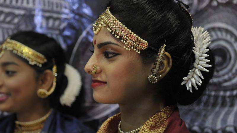 Hindu-Frauen im Haus der Religionen| © 2014 Vera Rüttimann