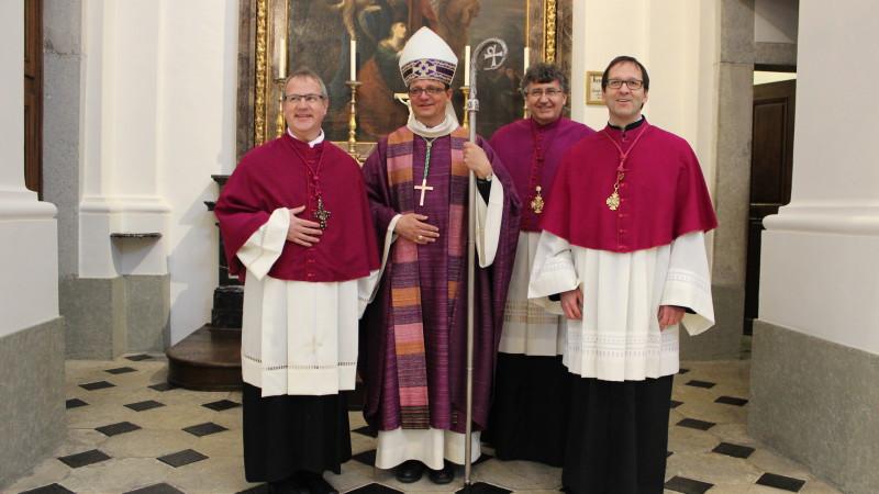 Domherr Christian Schaller, Bischof Felix Gmür, Dompropst Arno Stadelmann und Domherr Thomas Ruckstuhl (von links) | © zVg/Bistum Basel