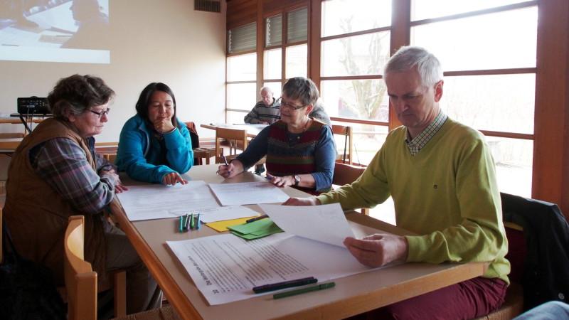 Gespräch zur Familiensynode in Gränichen | © 2015 Martin Binkert