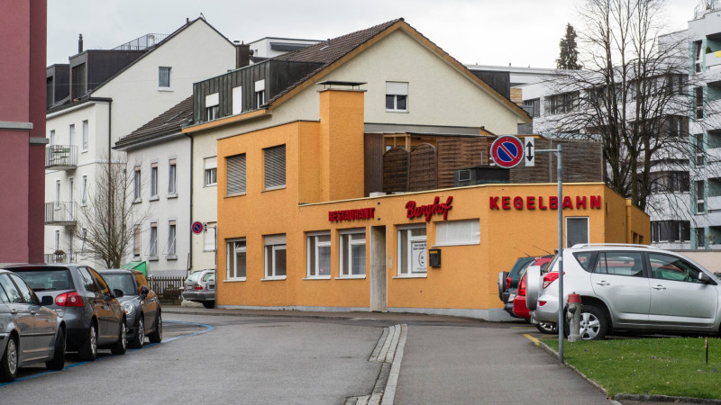 Paradies-Moschee in der ehemaligen Kegelbahn des Restaurants Burghof, St. Gallen | © 2015 Vera Rüttimann