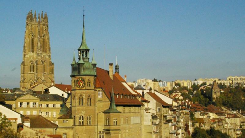 Kathedrale und Rathaus in Freiburg   © Georges Scherrer