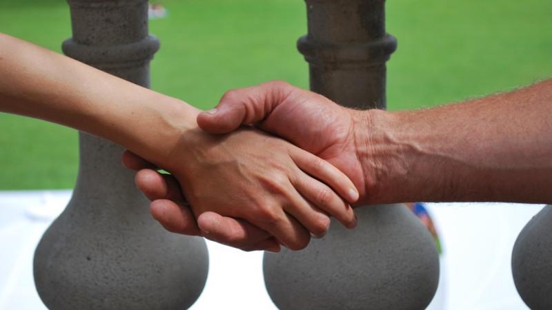 Neue Partnerschaften fordern die Kirche heraus. | © Barbara Ludwig