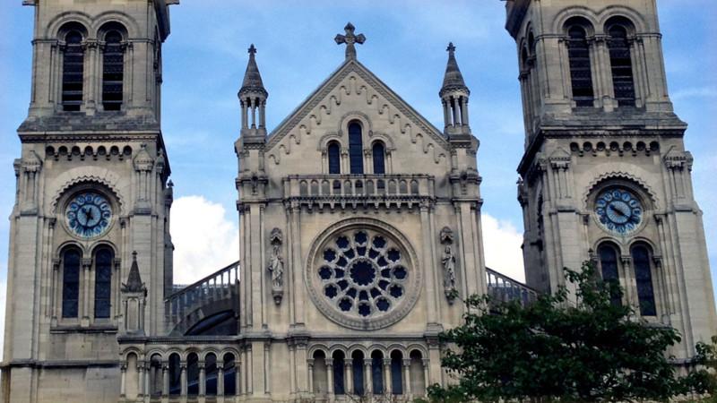 Katholische Kirche Saint-Ambroise in Paris   © Georges Scherrer