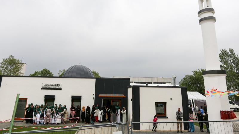 Die Mansoor Moschee wird am 23. Mai 2015 in Aachen eröffnet | © 2015 kna Joerg Loeffke