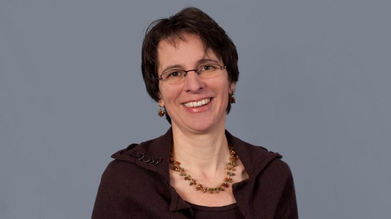 Susann Schüepp, Theologin und Bereichsleiterin Entwicklungspolitik und Grundlagen beim Hilfswerk Fastenopfer | © Fastenopfer/Priska Ketterer