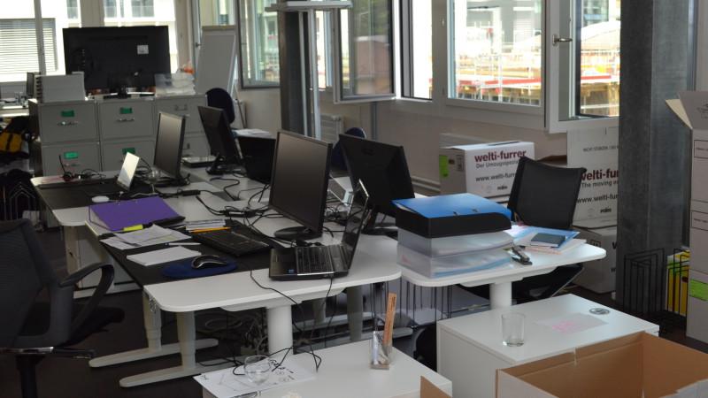 Newsroom von kath.ch am Einzugstag | © 2015 Sylvia Stam