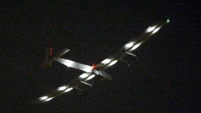 «Solar Impulse 2» auf dem Weg zur Erdumrundung | © 2015 keystone