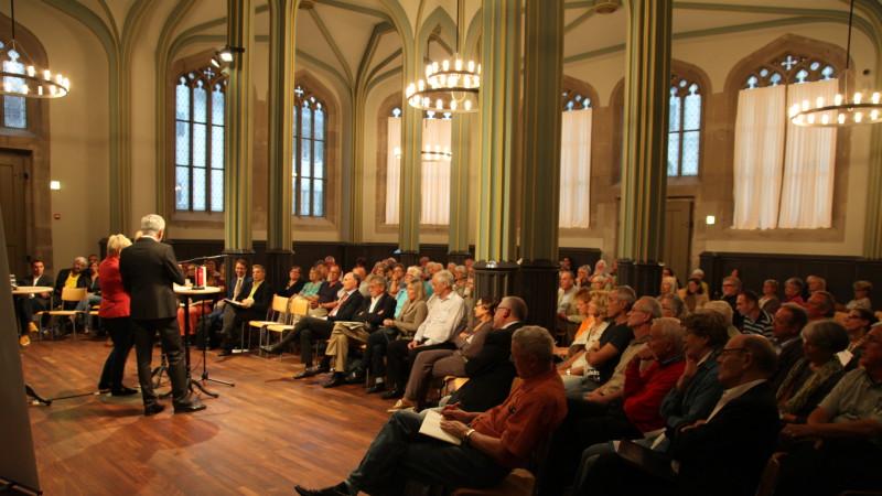 Podium Suizid-Hilfe in Zürich: Roger Kusch, Renate Künast| © 2015 David Thayer 2015