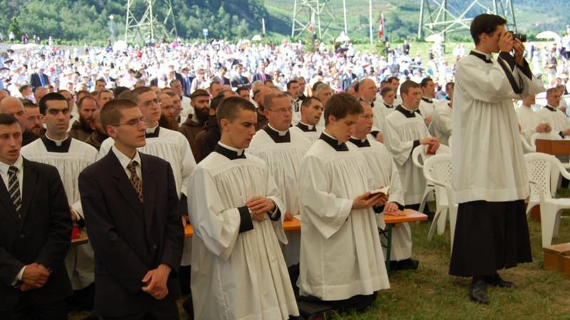 Priesterweihe der traditionalistischen Piusbruderschaft in Ecône VS (2009) | © Jacques Berset