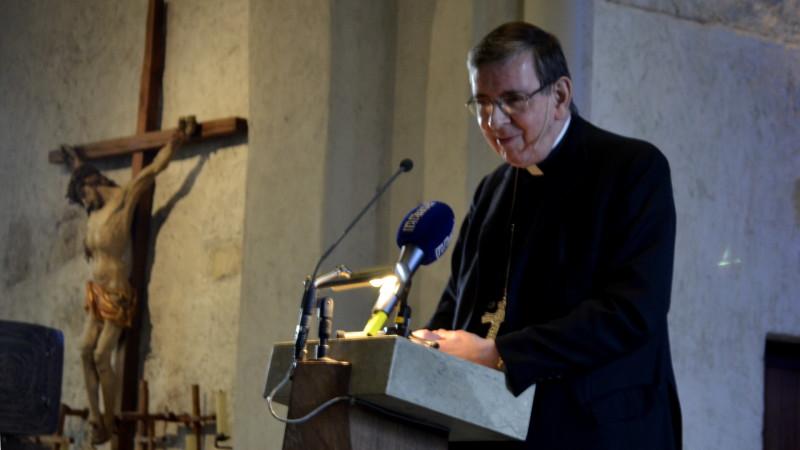 Kardinal Kurt Koch in der Kirche Oberwil BL | © Regula Pfeifer