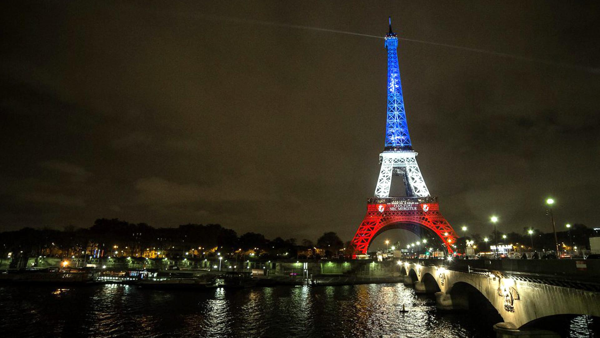 Eiffelturm Beleuchtung | Anschlag Auf Das Zusammenleben Katholische Kirche Schweiz Politik