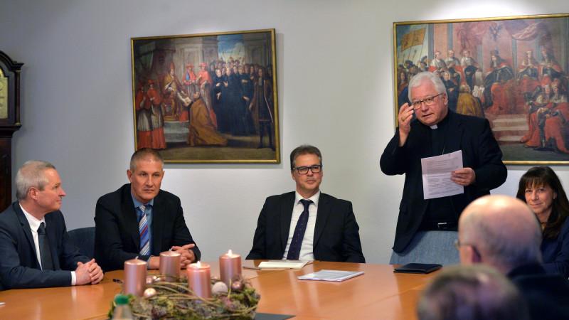 V. l.: Daniel Germann, Stefan Lichtensteiger, Martin Schmidt, Markus Büchel, Heidi Hanselmann. | © 2015 Regina Kühne