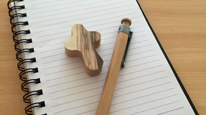 Block, Stift, Kreuz | © pixabay