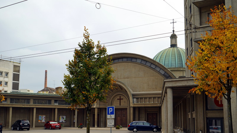 Pfarrei Christ-König in Freiburg | © 2015 Georges Scherrer
