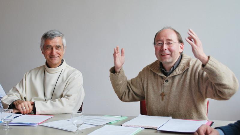 Jean-Marie Lovey (links), Bischof von Sitten, und Pierre-Yves Maillard, Generalvikar für den französischsprachigen Teil des Bistum Sitten | © 2016 Barbara Ludwig