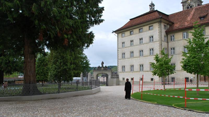 Der renovierte Abteihof des Klosters Einsiedeln | © 2012 Barbara Ludwig