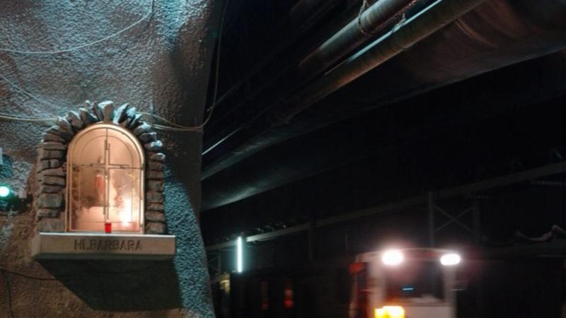 Statue der Heiligen Barbara beim Tunnelportal des Gotthard   © 2006 Screenshot / Merlovideo/uptextpic