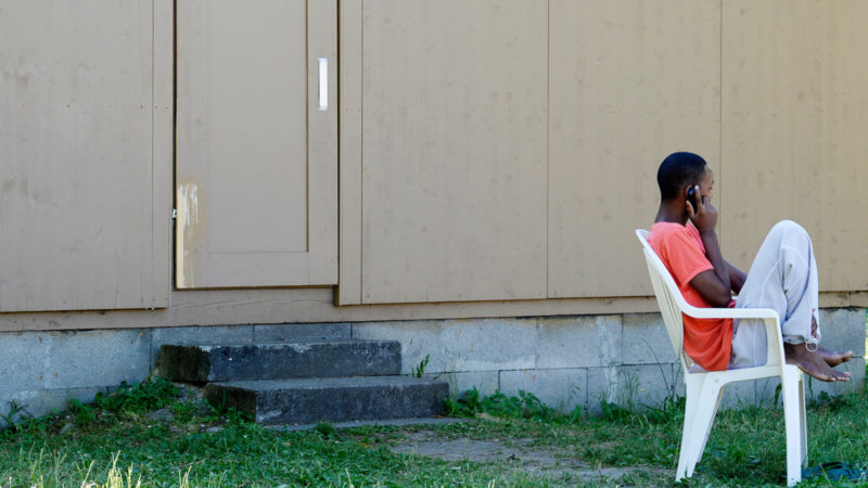 Asylbewerber im Bundeszentrum Juch in Zürich-Altstetten | © Keystone/Steffen Schmidt