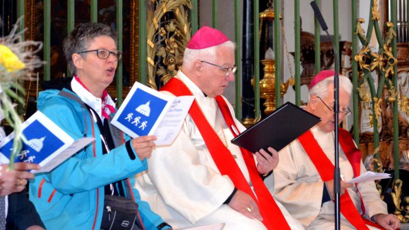 Frauen Pilgern nach Rom – Startgottesdienst mit Hildegard Aepli, Markus Büchel, Marin Gächter | © 2016 Sylvia Stam