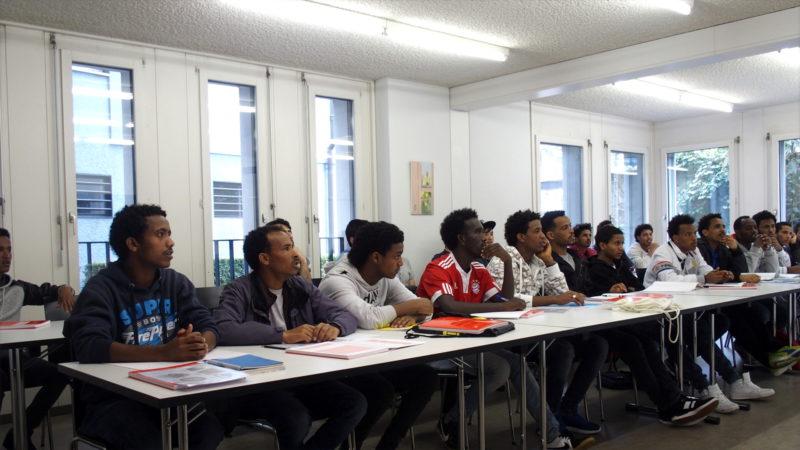 Projekt für Flüchtlinge: «Welcome2school» im Pfarreizentrum Liebfrauen in Zürich | © zVg