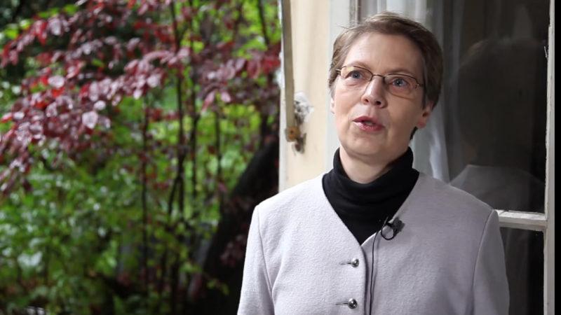 Barbara Hallensleben | © Prinstcreen youtube.com