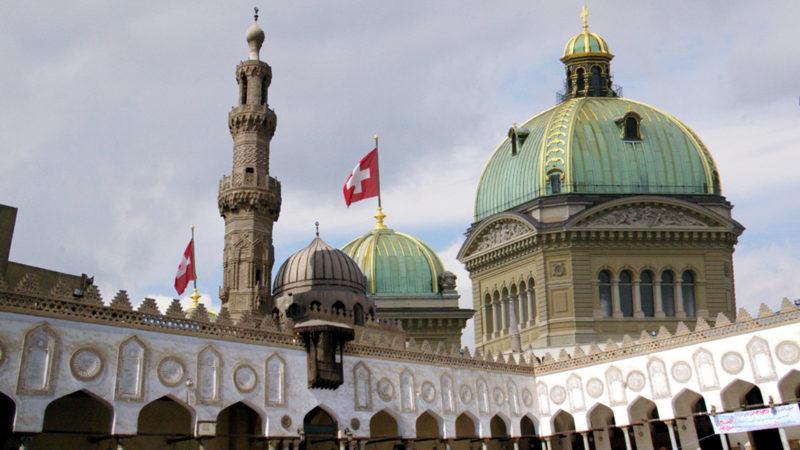 Muhammad Ali Moschee, Kairo, mit Bundeshaus | © Fotomontage Georges Scherrer