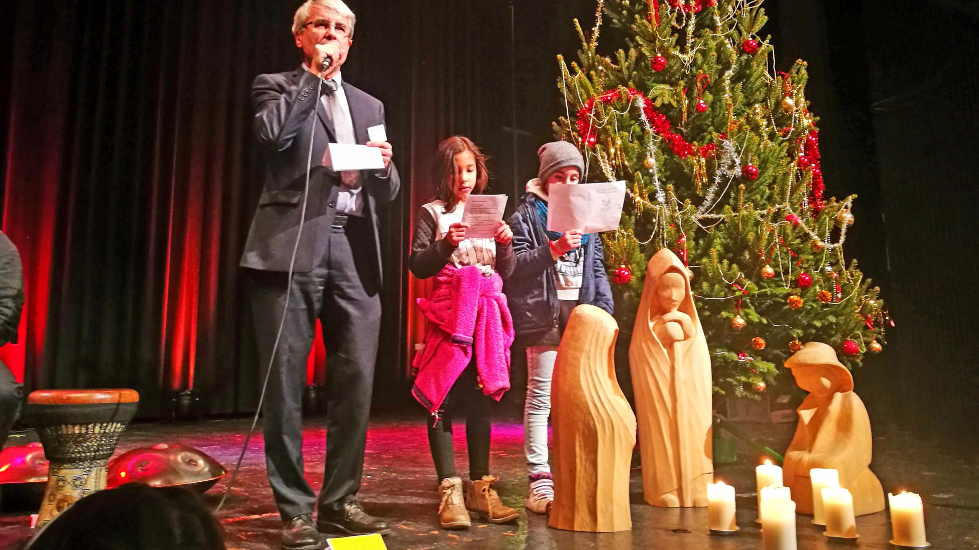 Weihnachtsgeschichte Weihnachtsfeier.Weihnachten Mit 200 Menschen Katholische Kirche Schweiz Politik