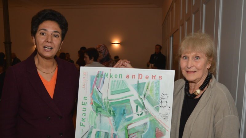 Saïda Keller-Messahli (links) und die Künstlerin Elsbeth Boss | zVg
