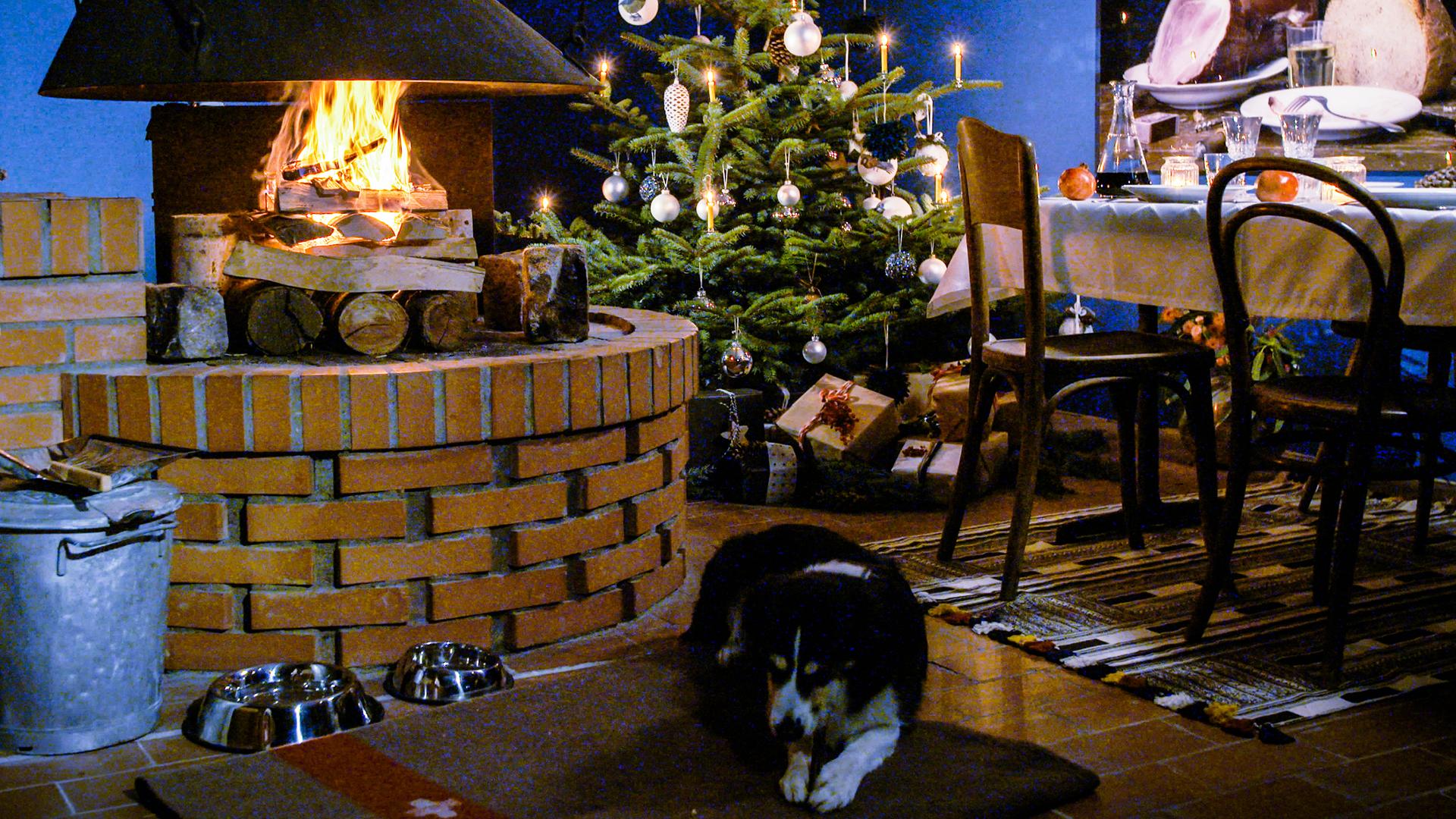 wie sagt man frohe weihnachten in der schweiz frohe weihnachten in europa. Black Bedroom Furniture Sets. Home Design Ideas