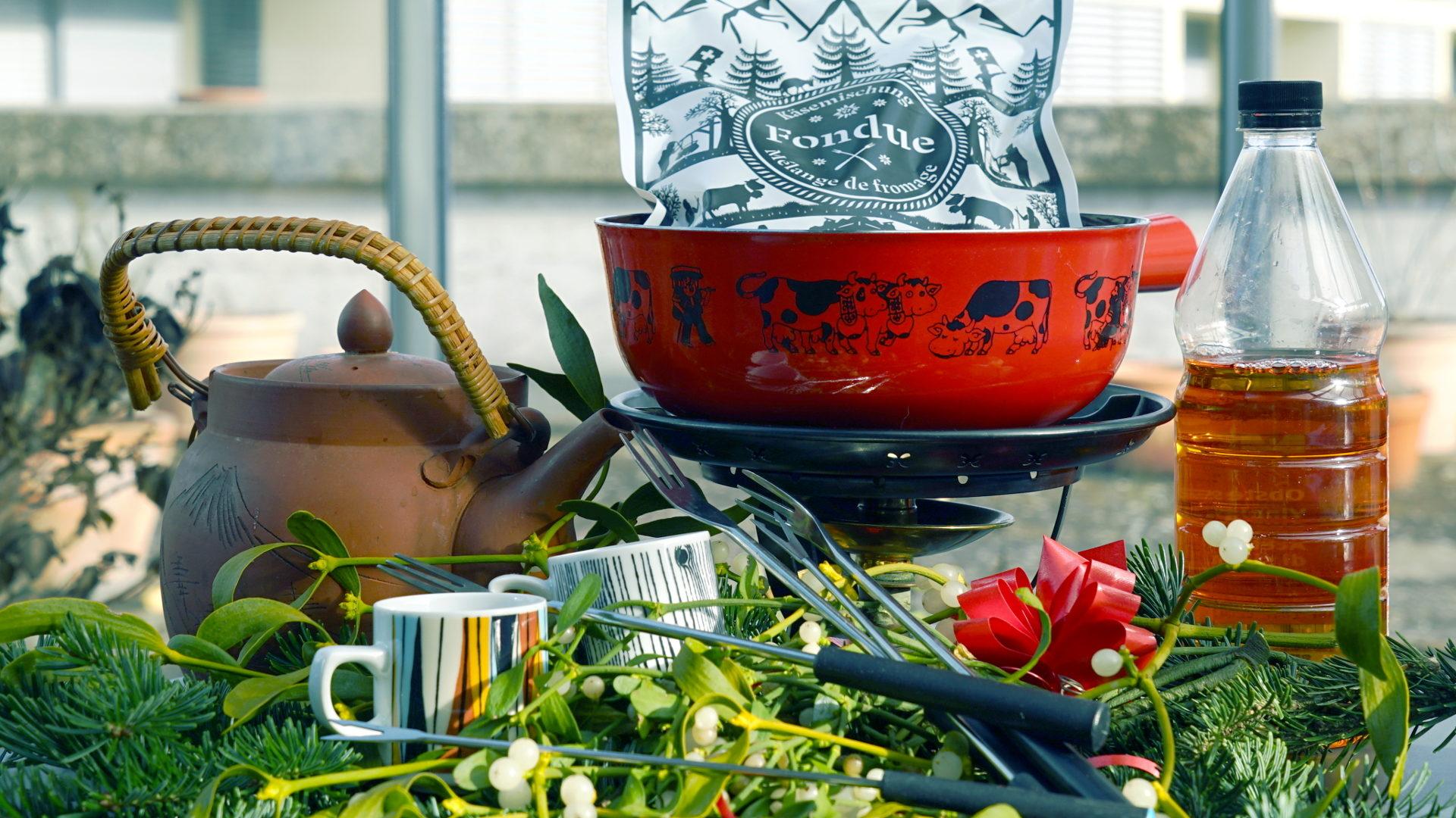 fondue mit apfelessig zu weihnachten muslime feiern das. Black Bedroom Furniture Sets. Home Design Ideas