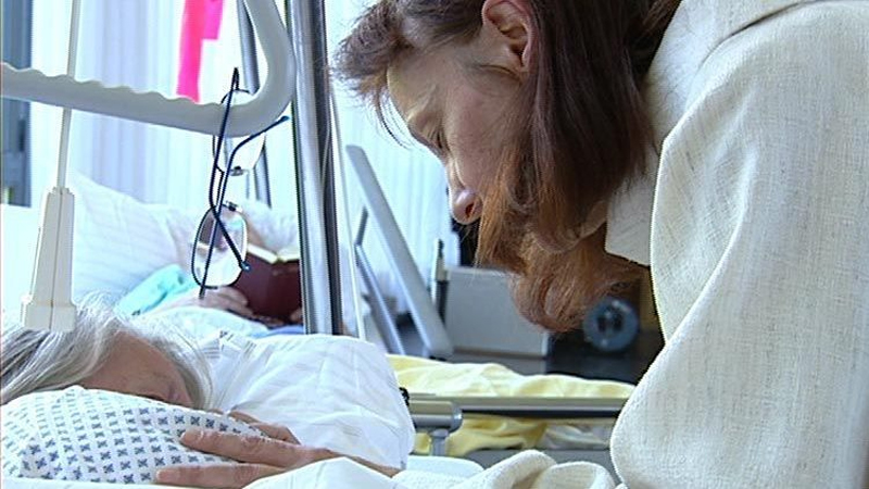 Spitalseelsorgerin | © Kirchliche Berufe – 11 Filmporträts auf DVD