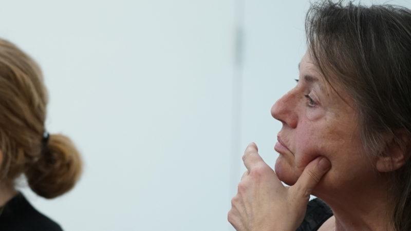 Die Theologin Li Hangartner ist eine von rund 100 Tagungsteilnehmerinnen.  | © Vera Rüttimann