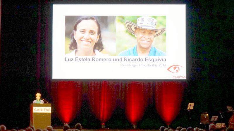 Mariangela Wallimann-Bornatico stellt Preisträger des Prix Caritas vor | © Georges Scherrer