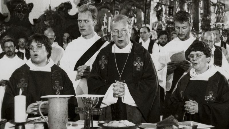 Bischof Joachim Vobbe bei einem Gottesdienst. (Aufnahmedatum unbekannt) | © KNA