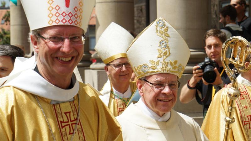 Alain de Raemy, Marian Eleganti,  Bischof Vitus Huonder | © Georges Scherrer