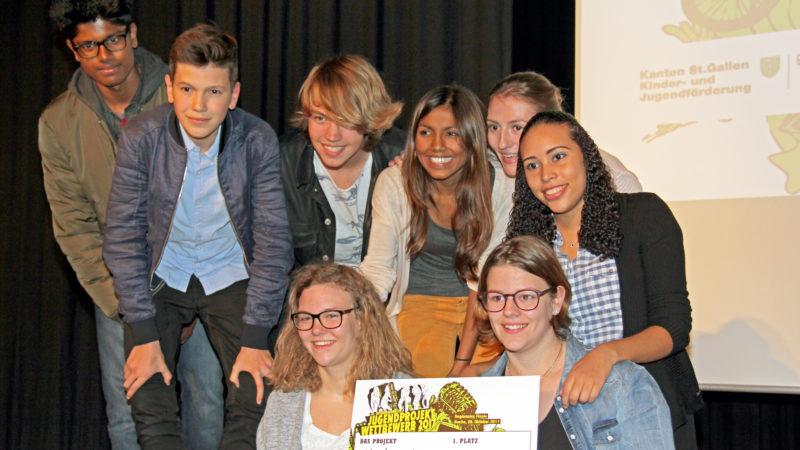 Sieger-Team Jugendmagazin «d(ich)!» | © Hansjörg Huber