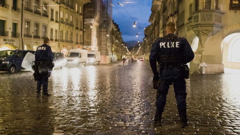 Polizeieinsatz in Bern | © Keystone/Peter Klaunzer