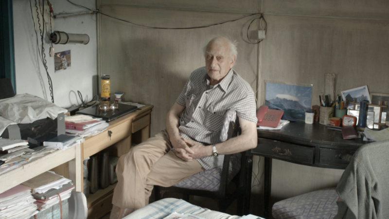 Doctor Jack Preger in seinem einfachen Zuhause   © Xenix FilmdistributionGmbH