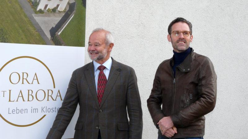 Hanspeter Kiser, Präsident der Stiftung «Ora et Labora» (Trägerschaft), und Fabian Kaufmann, Architekt des Umbaus | © Sylvia Stam