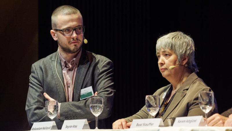 Abduselam Halilovic (links), Vorstandsmitglied Vioz, und Seyran Ates | © www.imagerey.ch
