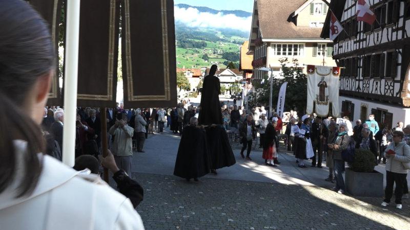 Auszug der Bruder-Klaus-Statue Hans Merrouche