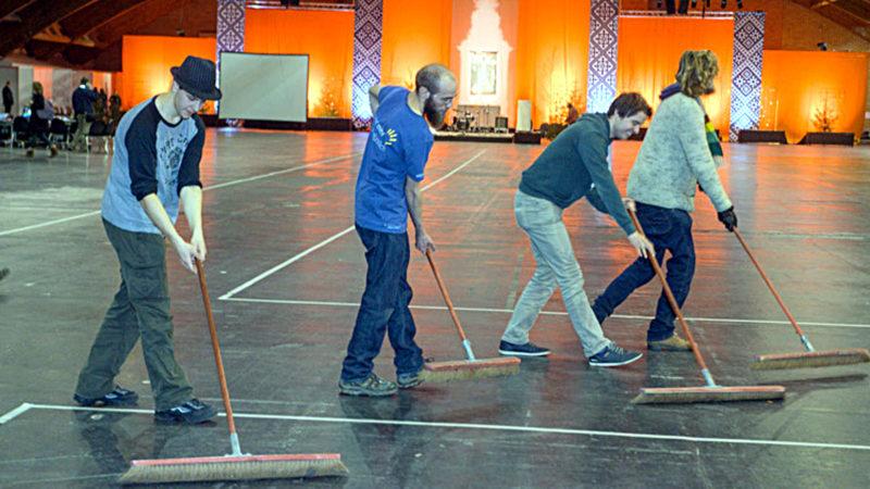 Vorbereitungsarbeiten für das Taizé-Treffen | © taize.fr