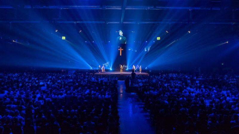 Worship auf der Bühne von Halle 1 | © Explo 17