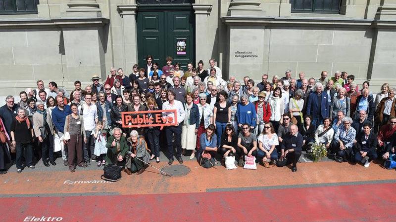 Mitglieder von Public Eye bei einer Generalversammlung | © Martin Bichsel
