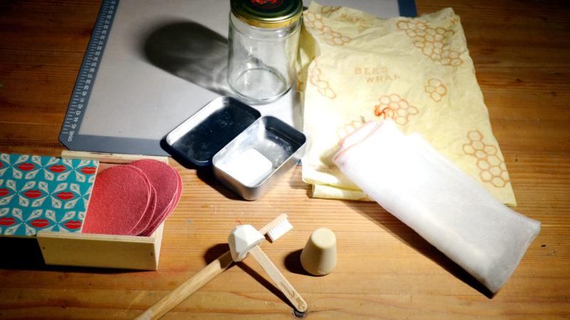 Abfall vermeiden: Zahnpasta am Stiel, kompostierbare Zahnbürste und mehr |  © Madlaina Lippuner/Fastenopfer