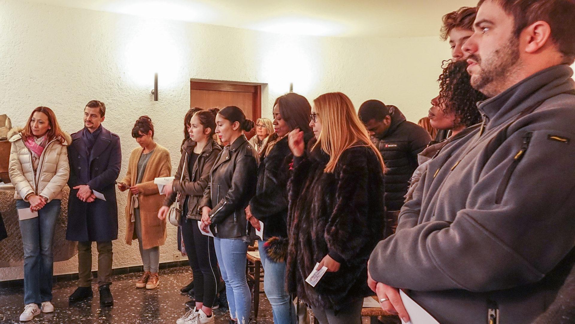 über 30 Erwachsene Lassen Sich An Ostern In Genf Taufen