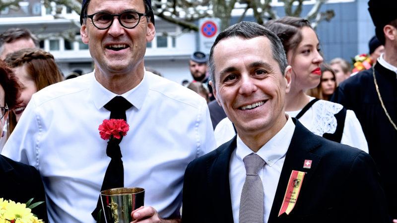 Bundesrat Ignazio Cassis (rechts) am Sechseläuten | © Oliver Sittel