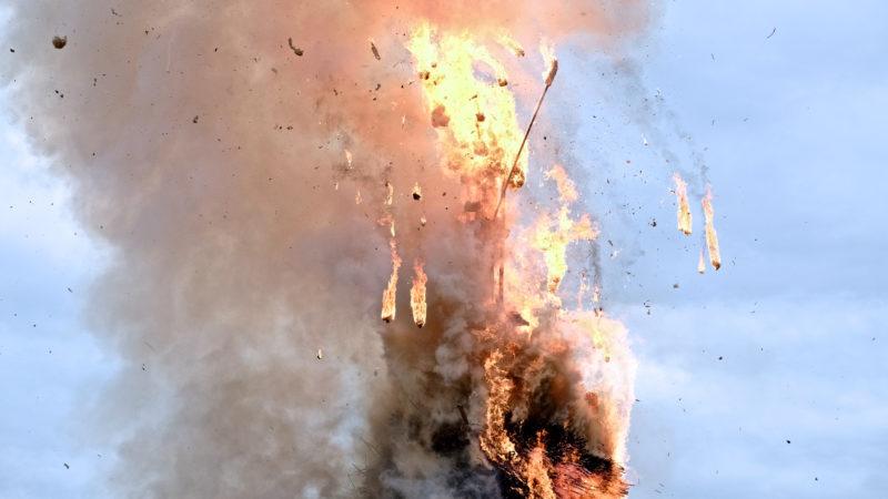 Der Böögg explodiert. | © Oliver Sittel
